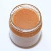 Bio-Honig mit Haselnüssen